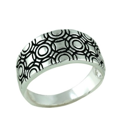 Brass Ring Band with Circle Patterns - 8