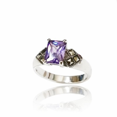 Marcasite Ring 8X6mm Rectangular Amethyst Cubic Zirconia with Square Marcasite at Side