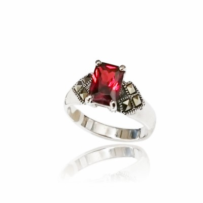 Marcasite Ring 8X6mm Rectangular Garnet Cubic Zirconia with Square Marcasite at Side