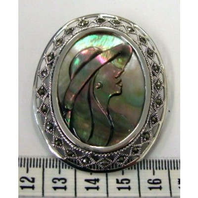 Marcasite Pin+Pendant Oval Cameo Mother of Pearl Rose/Lady (Brown)