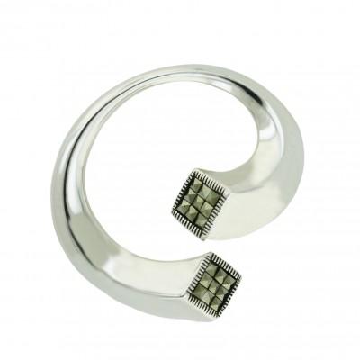 Marcasite Pendant Silver Dimension Circle with Square Cut Marcasite End