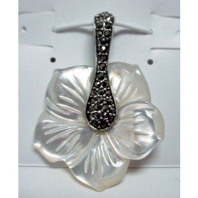 Marcasite Pendant Flower 5 Patel Mother of Pearl