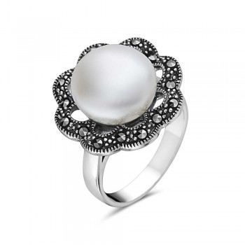 Marcasite RING MARCASITE FLOWER WITH 12MM WHITE PEARL CENTE