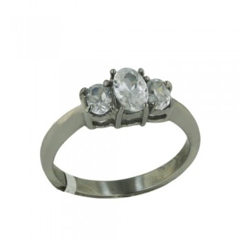 Stainless Steel Ring 3 Cl Oval Cz